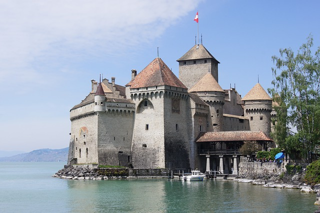 chillon-castle-4943114_640.jpg