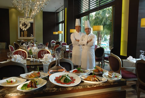 Hotel Barut Arum Resort & Spa restaurant.jpg