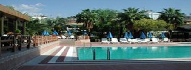 pool ayma.jpg