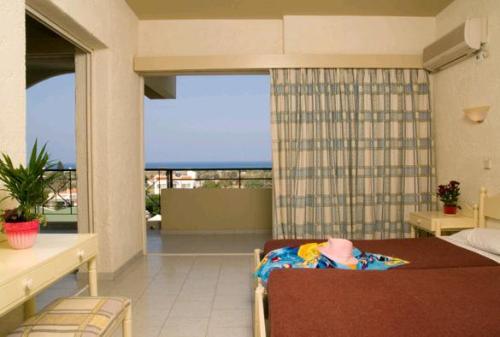Hotel Filerimos   camera.JPG