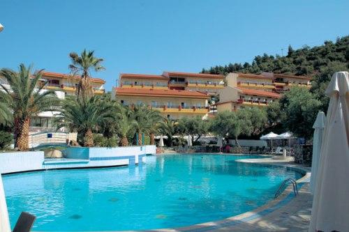 Hotel Lagomandra.jpg