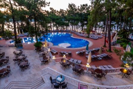 Main Pool II.JPG