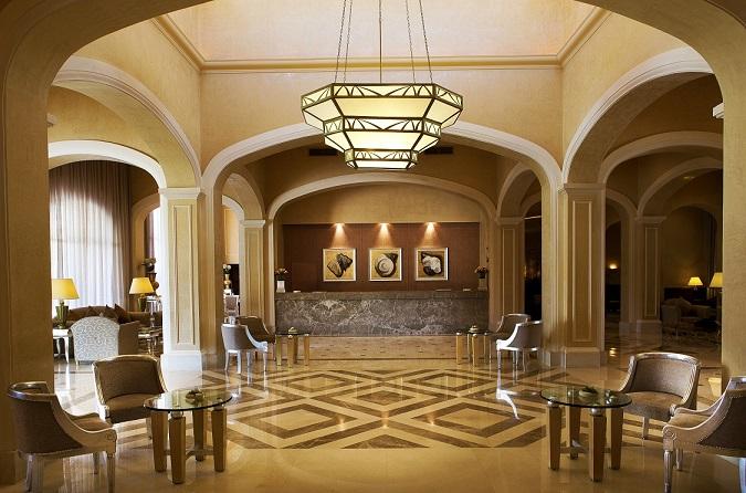 2.Lobby.jpg