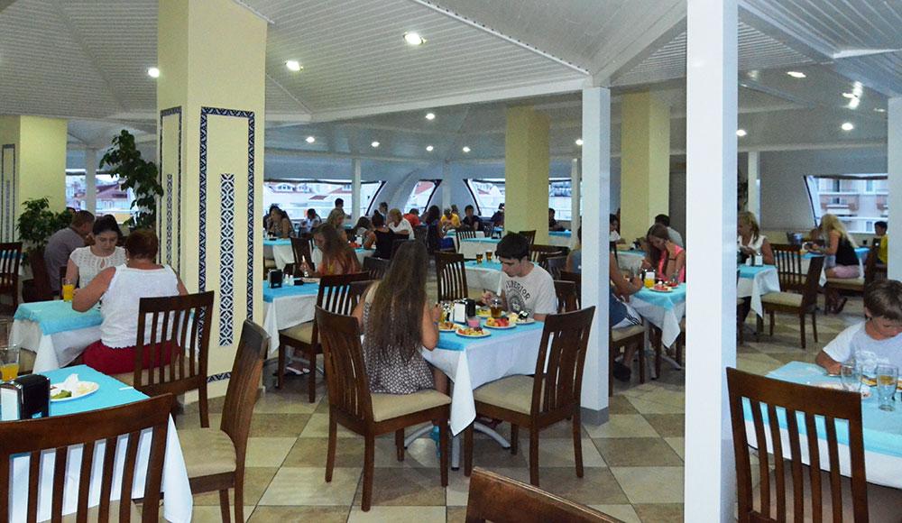 Restaurant-Bar (8).jpg