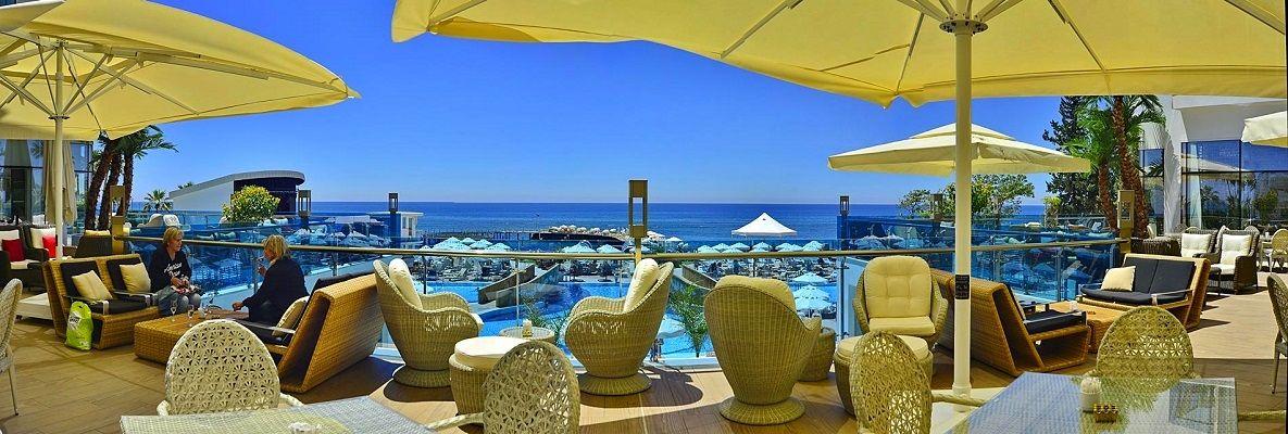 azura-deluxe-hotel-884.jpg