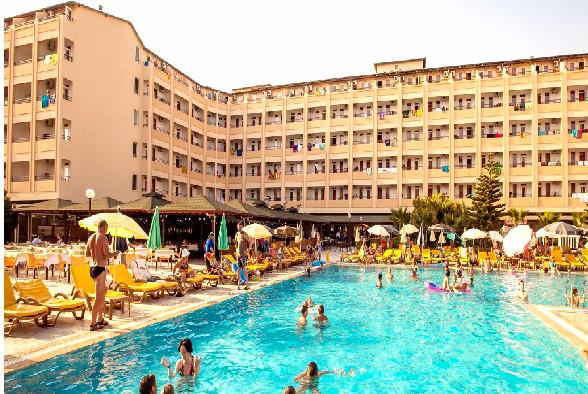 Alanya, Hotel Eftalia Resort, exetrior, piscina, hotel, sezlonguri.jpg