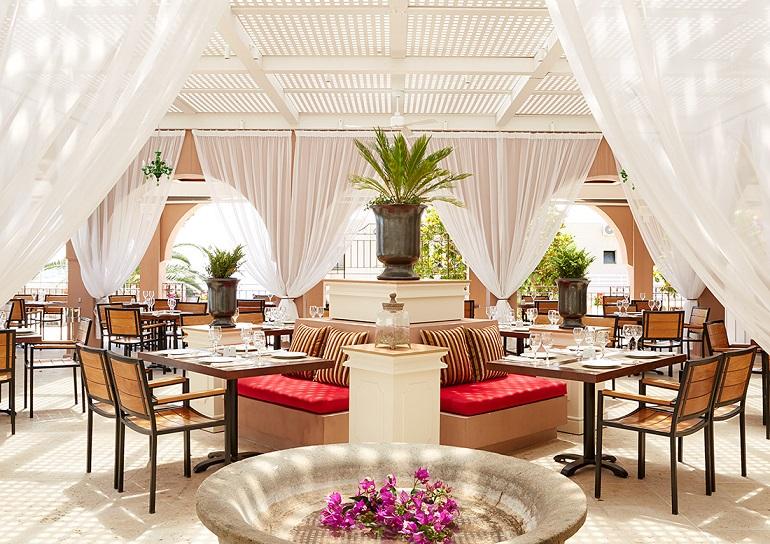 m restaurant.jpg