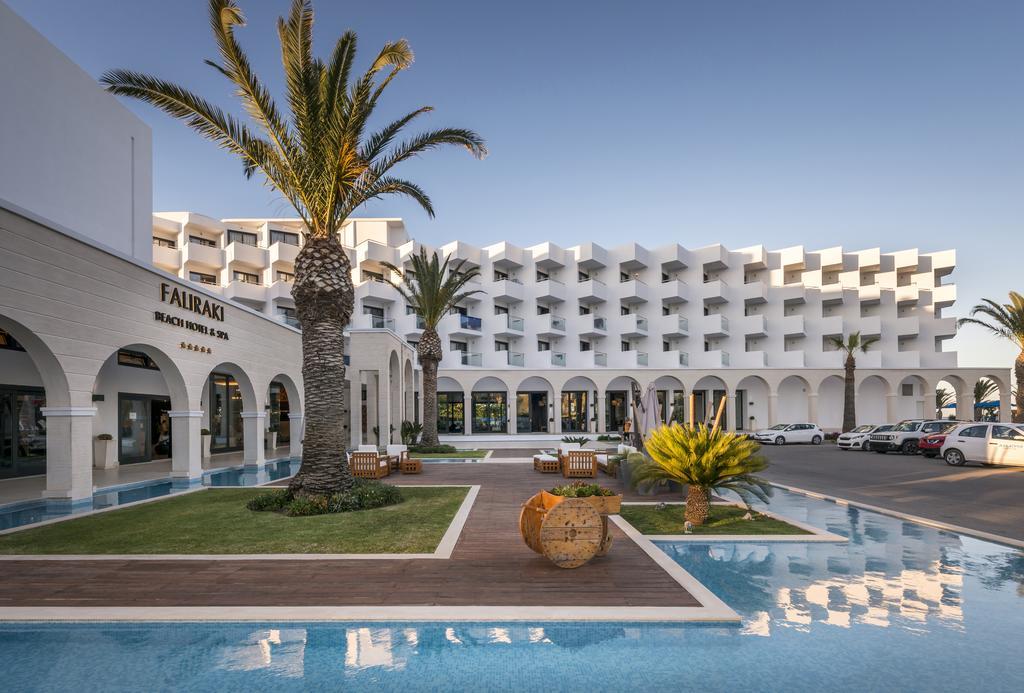 Hotel Mitsis Faliraki Beach.jpg