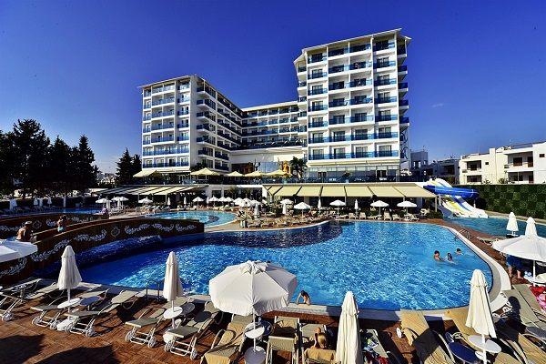azura-deluxe-hotel-367.jpg