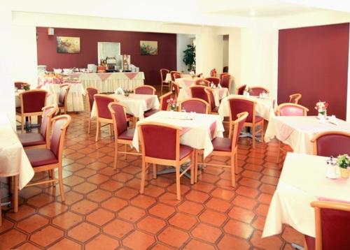 Hotel Europa restaurant.jpg