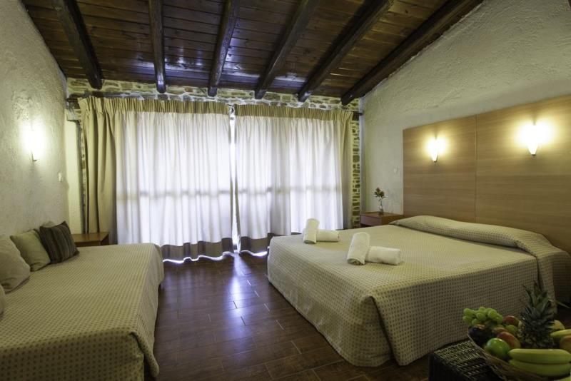 ACROSS BLUE BEACH HOTEL - GERAKINI (6).jpg