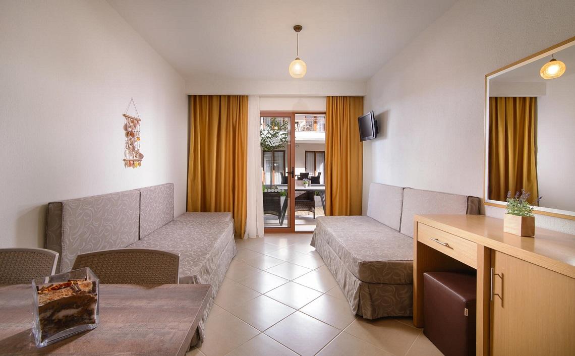 apanemia-apartments-halkidiki-camera.jpg