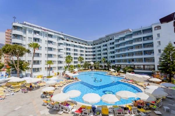 Alanya, Hotel Grand Santana, piscina exterioara, sezlonguri.jpg