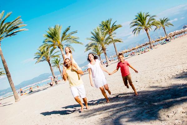 Mallorca, Hotel Pinero Bahia de Palma, plaja, mare.jpg