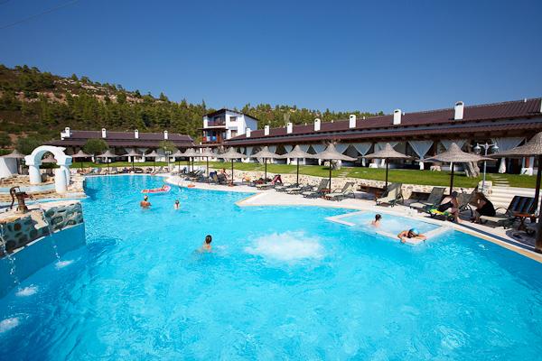 Swimming Pool PETRINO (b).jpg