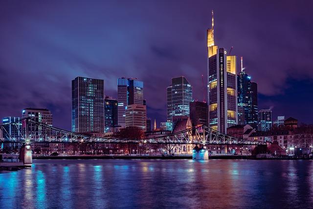 frankfurt-3917054_640.jpg