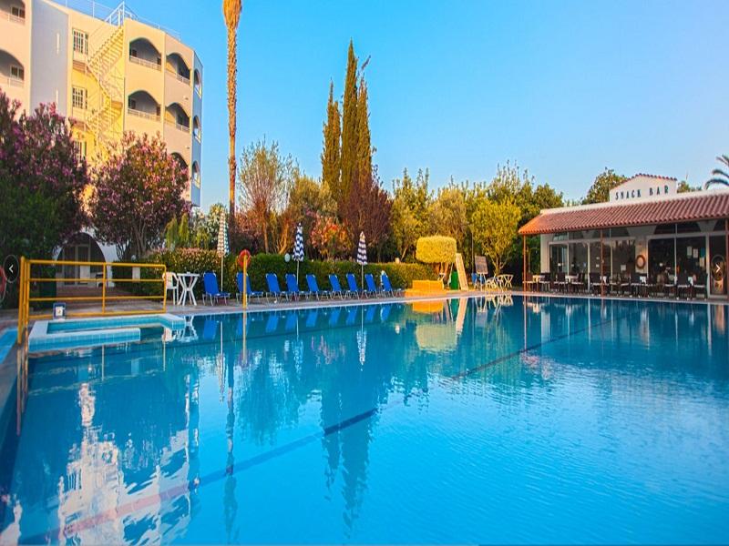 piscina_site.jpg