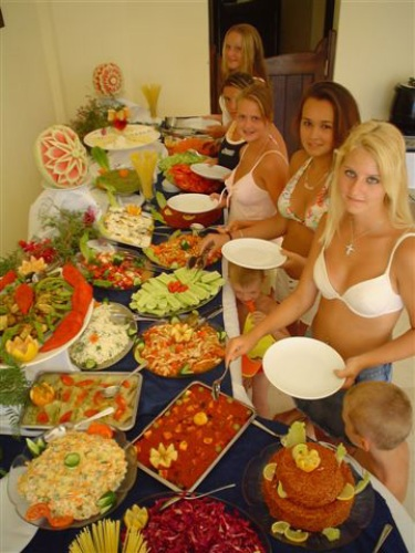 Hotel Salinas Beach restaurant.jpg