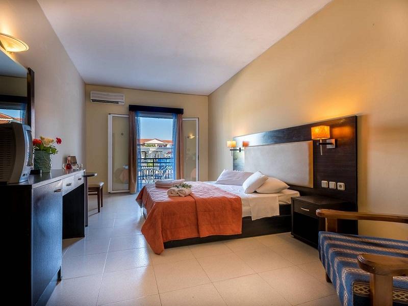 room-2_site.jpg
