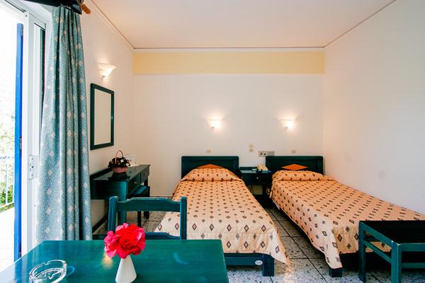 Hotel G George, Lefkada, camera, twin.jpg