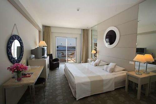 Hotel Baia Bodrum camera.jpg