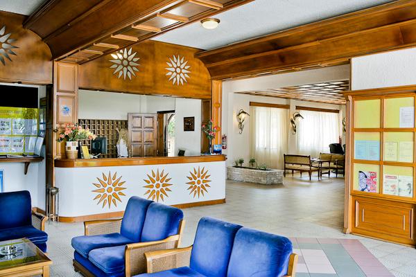 Halkidiki, Hotel Macedonian Sun, receptie.jpg