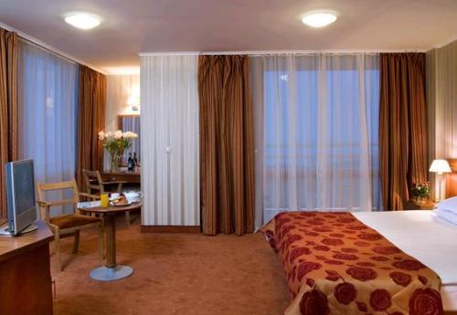 Hotel Dobrudja camera.JPG