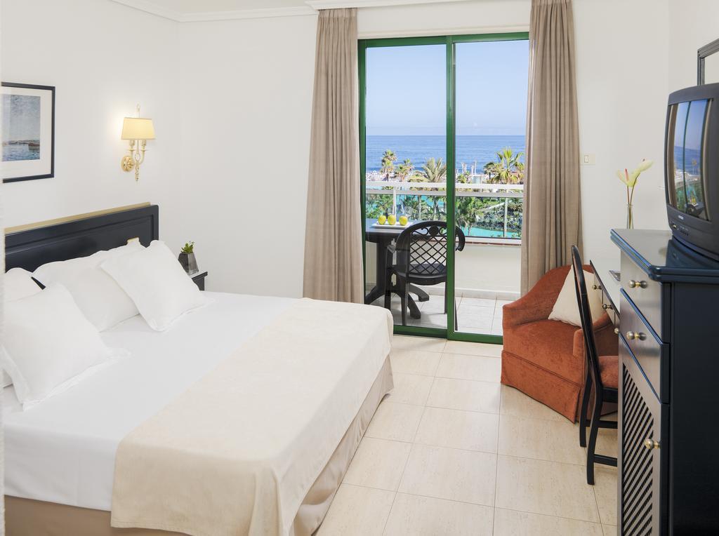 H10 Tenerife Playa 5.jpg