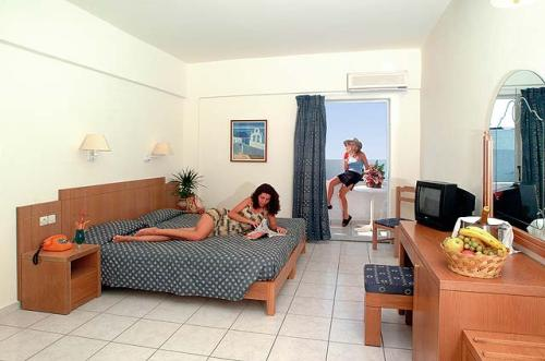 Hotel Golden Beach camera dubla standard.jpg