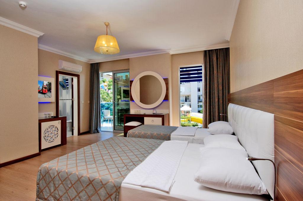 2grand_zaman_garden_hotel_standard_double_room_anex_building_03.jpg