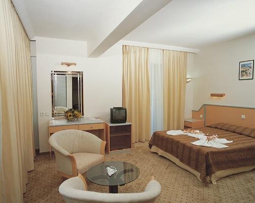 Hotel Fame Residence Park camera.jpg