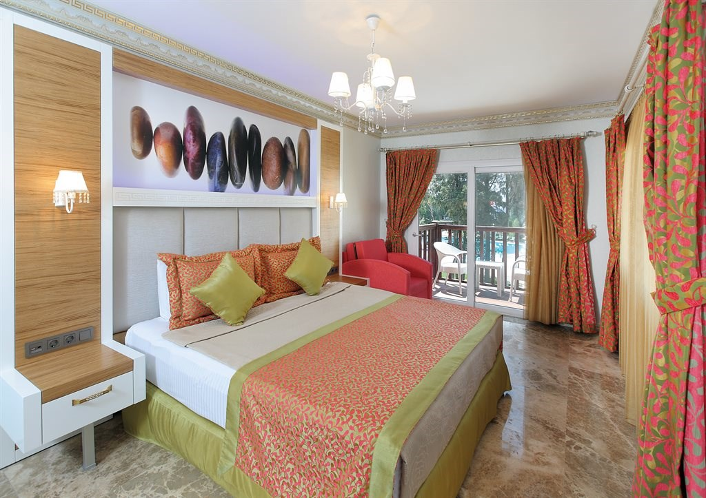CAMELOT BOUTIQUE HOTEL 5.jpeg