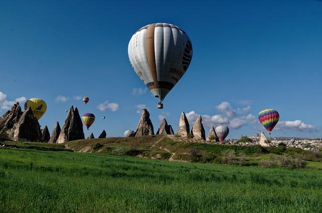 cappadocia-4657122_640.jpg