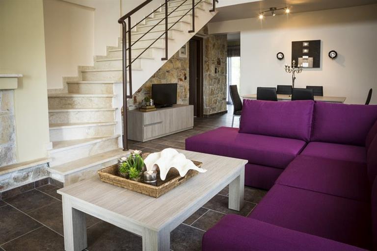 queen villa living room (Αντιγραφή).jpg