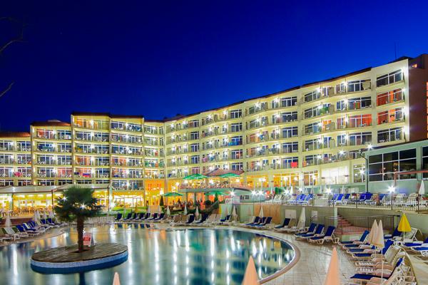 Nisipurile de Aur, Hotel Madara, exterior.jpg