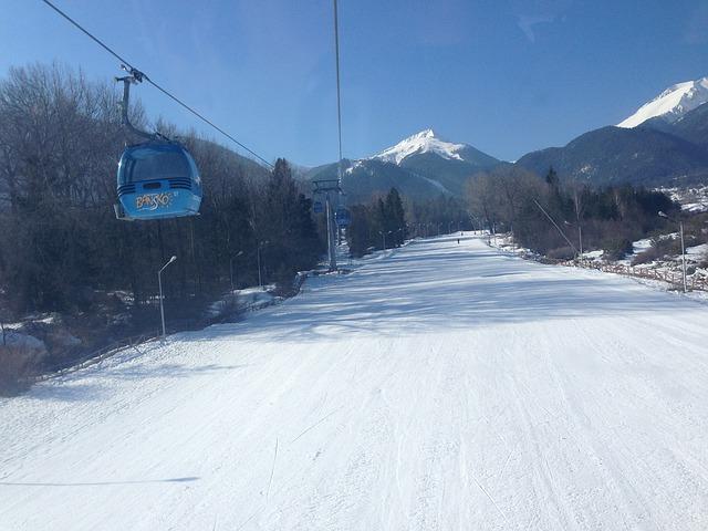 ski-712004_640.jpg