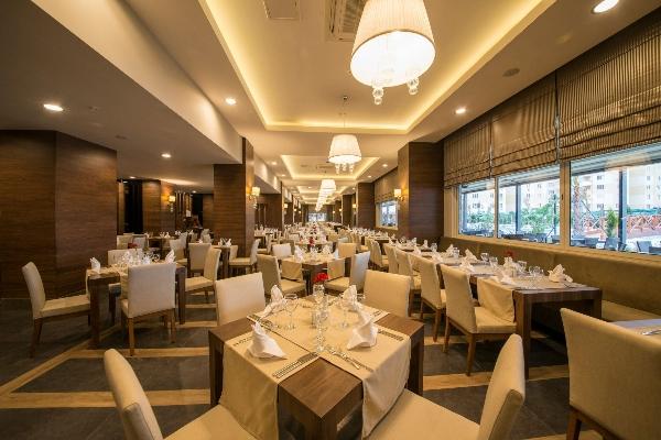 Lara, Hotel Ramada Resort Lara, restaurant.jpg