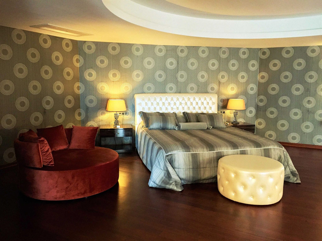 iphotels_ideal_prime_beach_suite_room_01.jpg