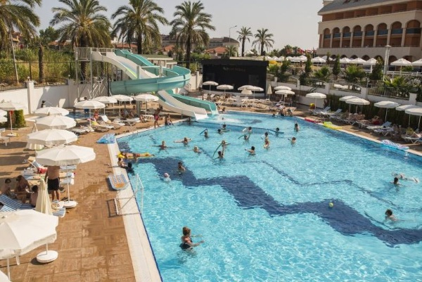 Side, Hotel Palm World Resort, piscina cu tobogane.JPG
