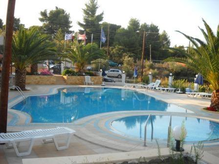 pool3_bibis.jpg