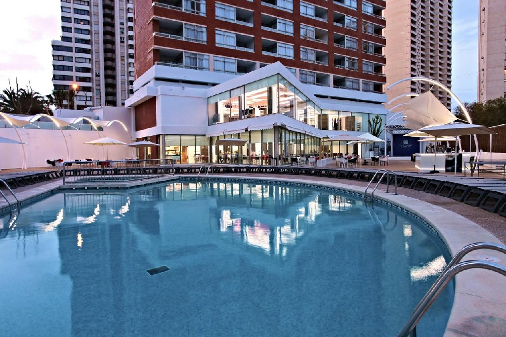 Hotel Flamingo Beach Resort - Adults Only