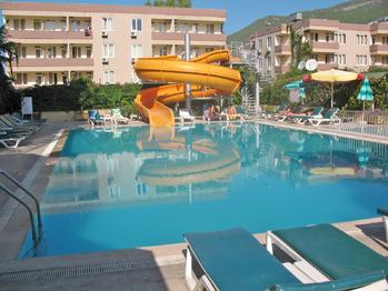 Kleopatra-Beach-Hotel-Turkey.png