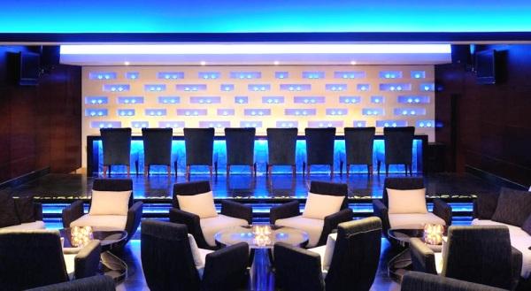 Dubai, Hotel Asiana, lounge bar.jpg