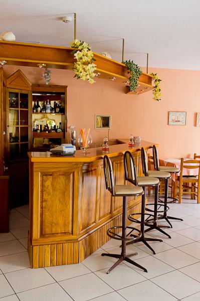 Thassos, Hotel Philoxenia Inn, bar.jpg