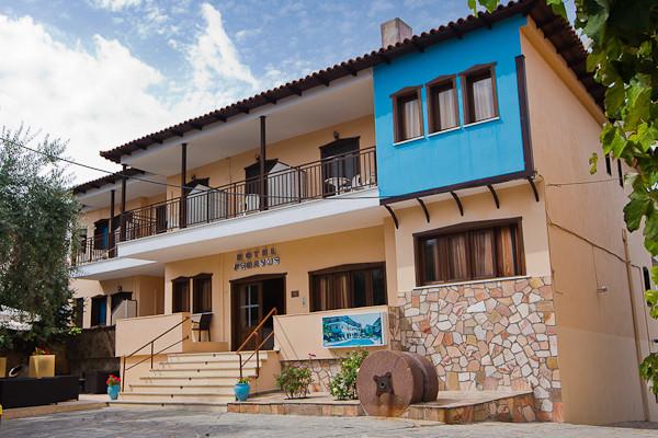 Thassos, Hotel Pegassus, intrare.jpg