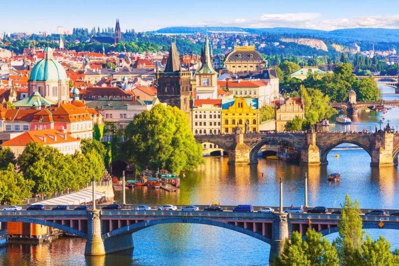 cehia-praga-praga-podul-charles-praga-vltava-praga-capitala-cehia_espg.jpg