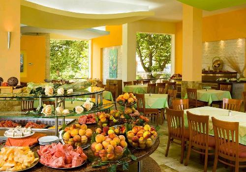 Hotel Complex Orhideya restaurant.JPG