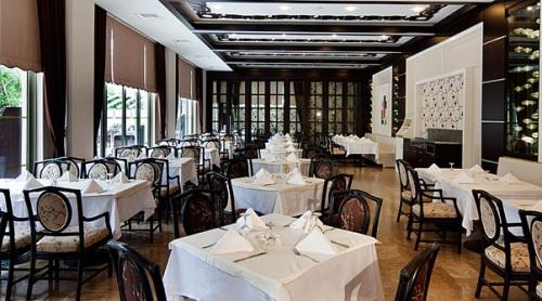 Hotel Corinthia Club Tekirova restaurant.jpg