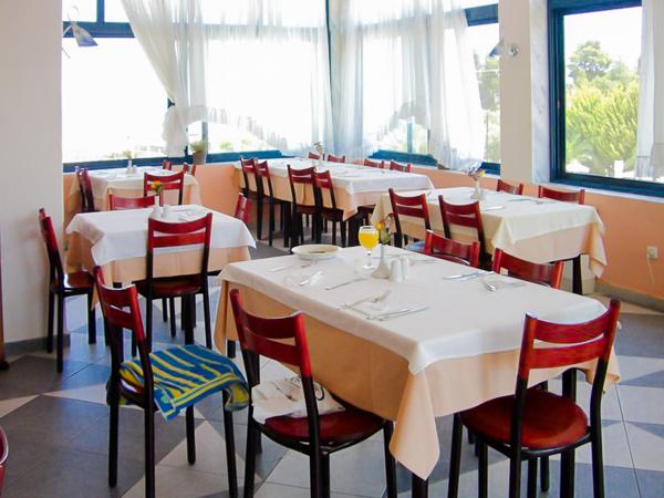Halkidiki, Hotel Atrium, restaurant.jpg