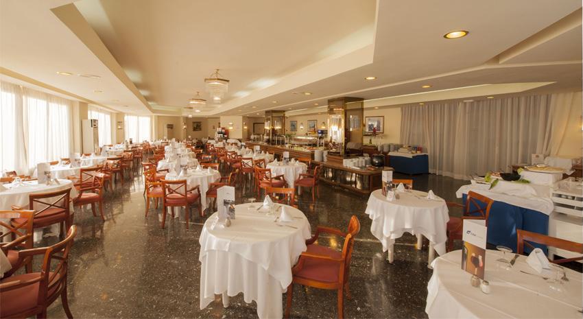 83194-restaurant---hotel-all-inclusive-in-mallorca.jpg